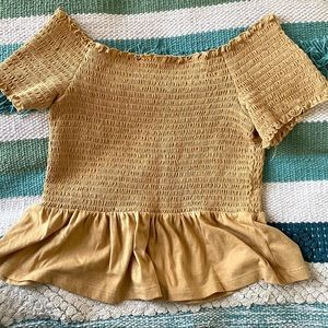 AMERICAN EAGLE YELLOW OFF THE SHOULDER MED